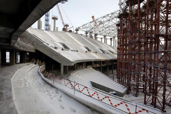 Строительство крыши началось настадионе ЧМ-2018 вНижнем Новгороде
