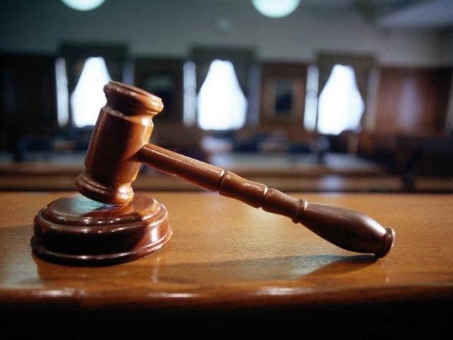 Суд вынес вердикт рабочему, убившему коллегу ковшом погрузчика вНижнем
