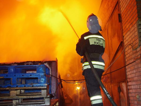 Мужчина иженщина погибли напожаре из-за нетрезвого курения наБору