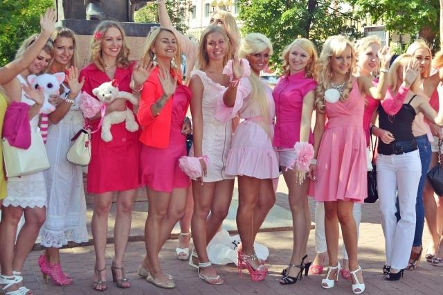 «Будет тепло исолнечно!» ВНижнем Новгороде пройдет парад блондинок
