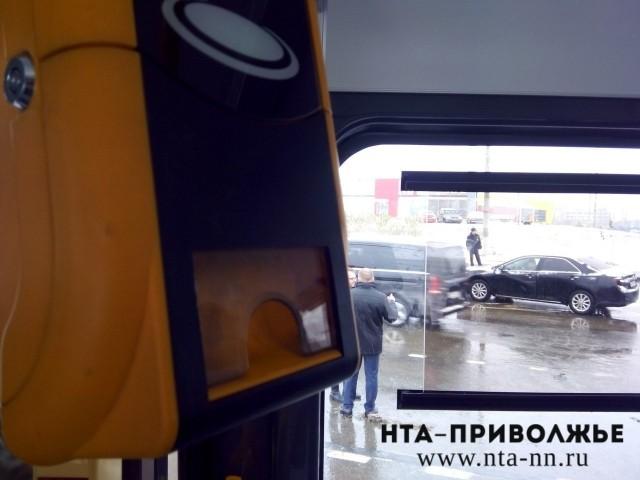 Оплата проезда вназемном транспорте бесконтактными банковскими картами внедрена вНижнем Новгороде