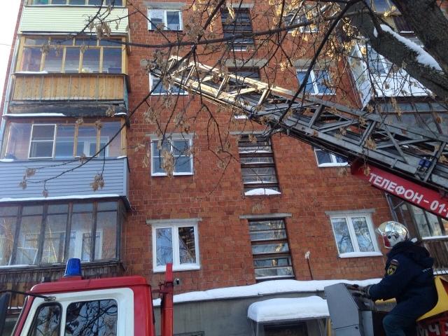 ВНижнем Новгороде пожарные спасли пенсионерку ототчаянного поступка
