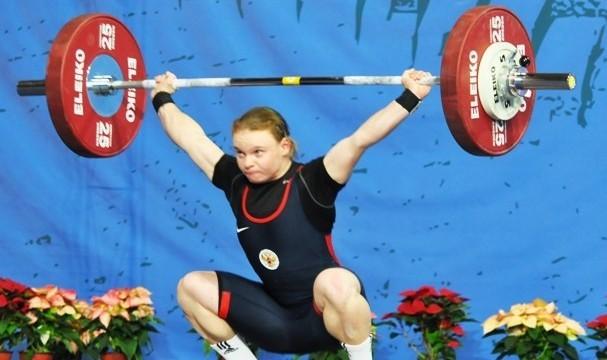 Девушка изЧувашии стала абсолютной чемпионкой потяжелой атлетике