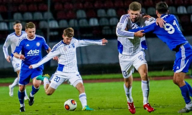 Нижегородские футболисты одержали победу втяжелейшем матче вНабережных Челнах